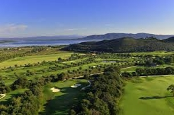 booking hotels golf